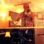 elektrojazz-studio-anders-through-glass